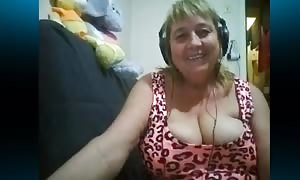 Dirty-minded wide woman explains off her massive titties