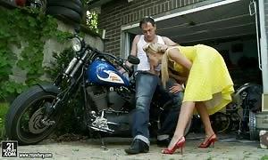 Go Johnny go. having a look Chary Kiss.