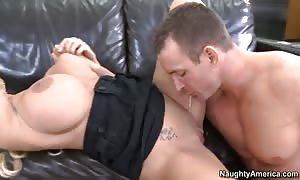 Holly Halston will get