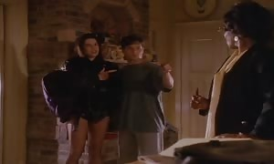 Neve Campbell get together of 5 (Sexy Funny)