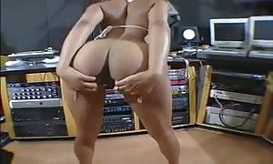 ebony nice with delicious boobs and rump