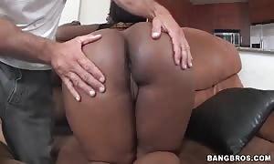 impressive ebony woman is shaking her giant ebony butts