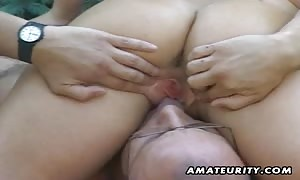 A adorable and skinny blond noob girlfriend home made outside gonzo action with mouth bang and screw and a good cum-shot cum-shot facial cum shot.