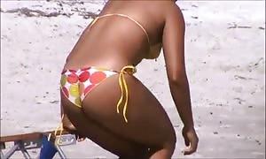 spy spanish attractive beach booty 60