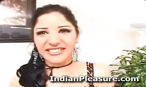 turned on Pakistani wifey Paroo