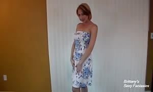 blonde in Cotton underwear supplies JOI and kneeling upskirt Fun