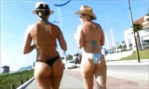 hot butts WALKING