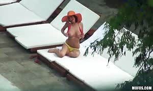 huge titted milf is making an attempt to entice me right on the camera