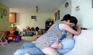 beginner couple - guy gobbling out his girl-friend